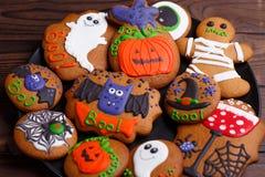 Очень вкусное обслуживание хеллоуина для десерта: свежий домодельный хеллоуин Стоковое Изображение RF