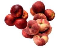 Очень вкусное сочное зрелое nitirin и персик изолированные на белой предпосылке Стоковые Фото