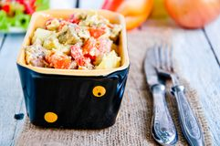 Очень вкусное тушёное мясо чечевицы и овоща Стоковые Изображения