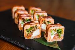 Очень вкусные крены с рыбами и сыром Стоковые Изображения RF