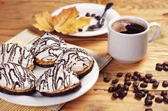 Очень вкусные печенья и кофе Стоковое Изображение