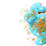 Очень вкусные печенья на белой предпосылке голубой зайчик пасха Стоковое фото RF