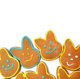Очень вкусные печенья на белой предпосылке зайчик пасха Стоковые Изображения RF