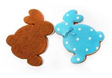 Очень вкусные печенья на белой предпосылке зайчик пасха Стоковое Фото