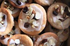 Очень вкусные печенья хлеба имбиря подготовленные для Xmas Стоковое фото RF