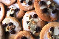 Очень вкусные печенья хлеба имбиря подготовленные для Xmas Стоковая Фотография
