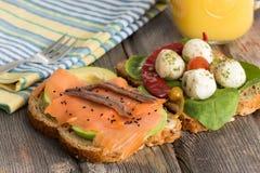 Очень вкусные сандвичи для здорового пикника Стоковые Фото