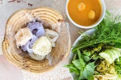Очень вкусные тайские food.KaNom jeen лапши стоковая фотография rf