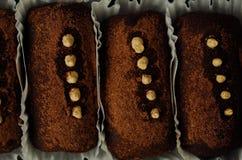 Очень вкусные шоколадные торты с белое cream вкусным Стоковое Изображение RF