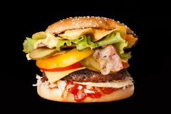 Очень вкусный бургер Стоковая Фотография RF