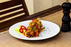 Очень вкусный мясо с овощами Стоковые Фото