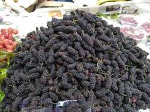 Очень вкусный плод черной вишни северной восточной Индии Насладитесь плодом летом стоковое фото rf