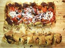 Очень вкусный flatbread пиццы Стоковое Изображение RF