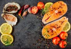 Очень вкусный salmon стейк Взгляд сверху стоковое фото