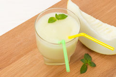 Очень вкусный smoothie дыни с мятой стоковая фотография