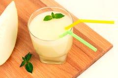 Очень вкусный smoothie дыни с мятой стоковые изображения rf