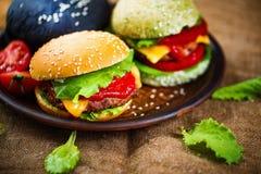 3 очень вкусных бургера Стоковое Изображение