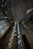 Очень глубоко современный солевой рудник в Трансильвании Стоковые Фотографии RF