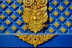 Очень красивая скульптура в Wat Rong Sua 10 или Rong Sua 10 Стоковые Фотографии RF