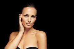 Очень красивое и привлекательное молодое брюнет Стоковые Фотографии RF
