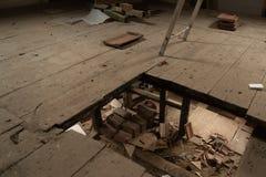Очень старый дом обширно восстановлен стоковые фотографии rf