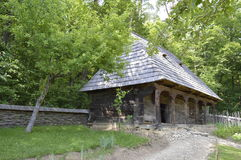 Очень старый деревянный дом Стоковое Изображение RF