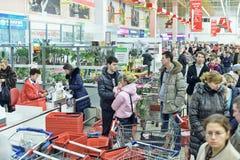 Очередь на супермаркете стоковая фотография rf