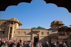 Очередь слона на янтарном дворце, Раджастхане, Индии Стоковые Изображения