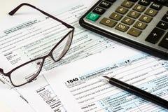 Очистите налоговую форму 1040 стоковая фотография rf