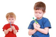 очистьте зубы стоковое изображение rf