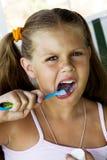 очистьте зубы Стоковые Изображения RF