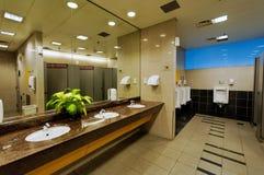 очистьте туалет Стоковое фото RF