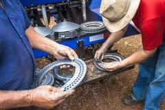 Очищающ и поддерживающ машину плантатора стоковые фото