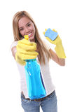 очищая милая женщина Стоковая Фотография RF