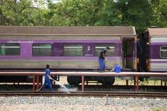 Очищая поезд трассы Бангкока и Chiangmai Стоковое Изображение