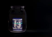 100 долларовые банкноты & x28; банкноты & x29; , U S валюта-- в предохранении от ультрафиолетового света Стоковые Фотографии RF