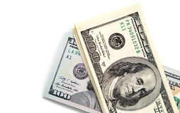 100 долларовых банкнот на белой предпосылке Стоковое Изображение