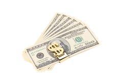 100 долларов банкнот в зажиме денег Стоковая Фотография