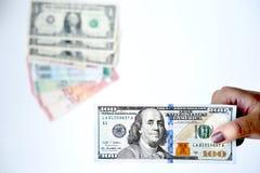 100 долларов в наличии Стоковое фото RF