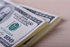 100 долларов кредиток Стоковое Фото