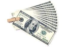 100 долларов с деревянным зажимом Стоковая Фотография