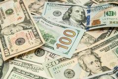 доллары предпосылки изолировали нас белые Стоковая Фотография