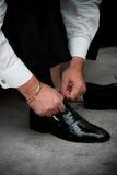одевать groom Стоковое Изображение RF