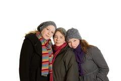 Одежды зимы объятия дочерей матери Стоковые Изображения RF