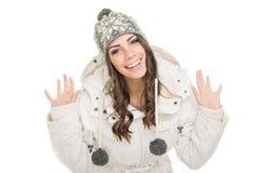 Одежды зимы excited девочка-подростка нося Стоковое фото RF