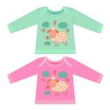 Одежды младенца с животными шаржа Схематичная маленькая розовая милая овечка Стоковые Фото