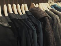 Одежды на вешалке Стоковая Фотография RF