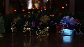 Оленей Новые Годы светов розвальней сток-видео