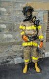 Одетое в форму manequin пожарного Стоковые Фото