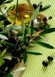 оливки масла предпосылки прованские белые Стоковое Фото